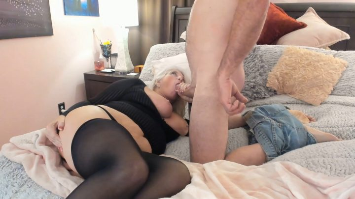 Painted Rose – Wet Vacation with Mom – Squirting Love