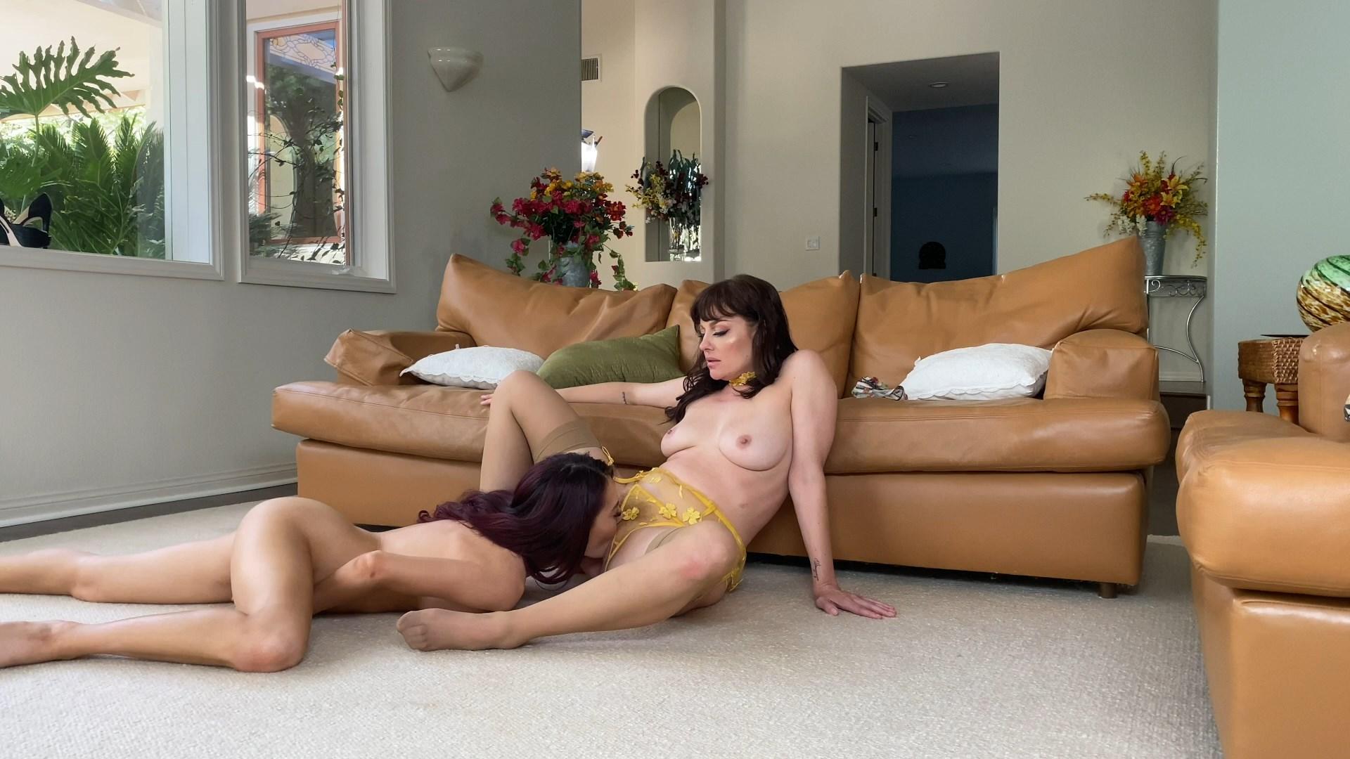 Sabina Rouge - Horny Step Mom Hookup