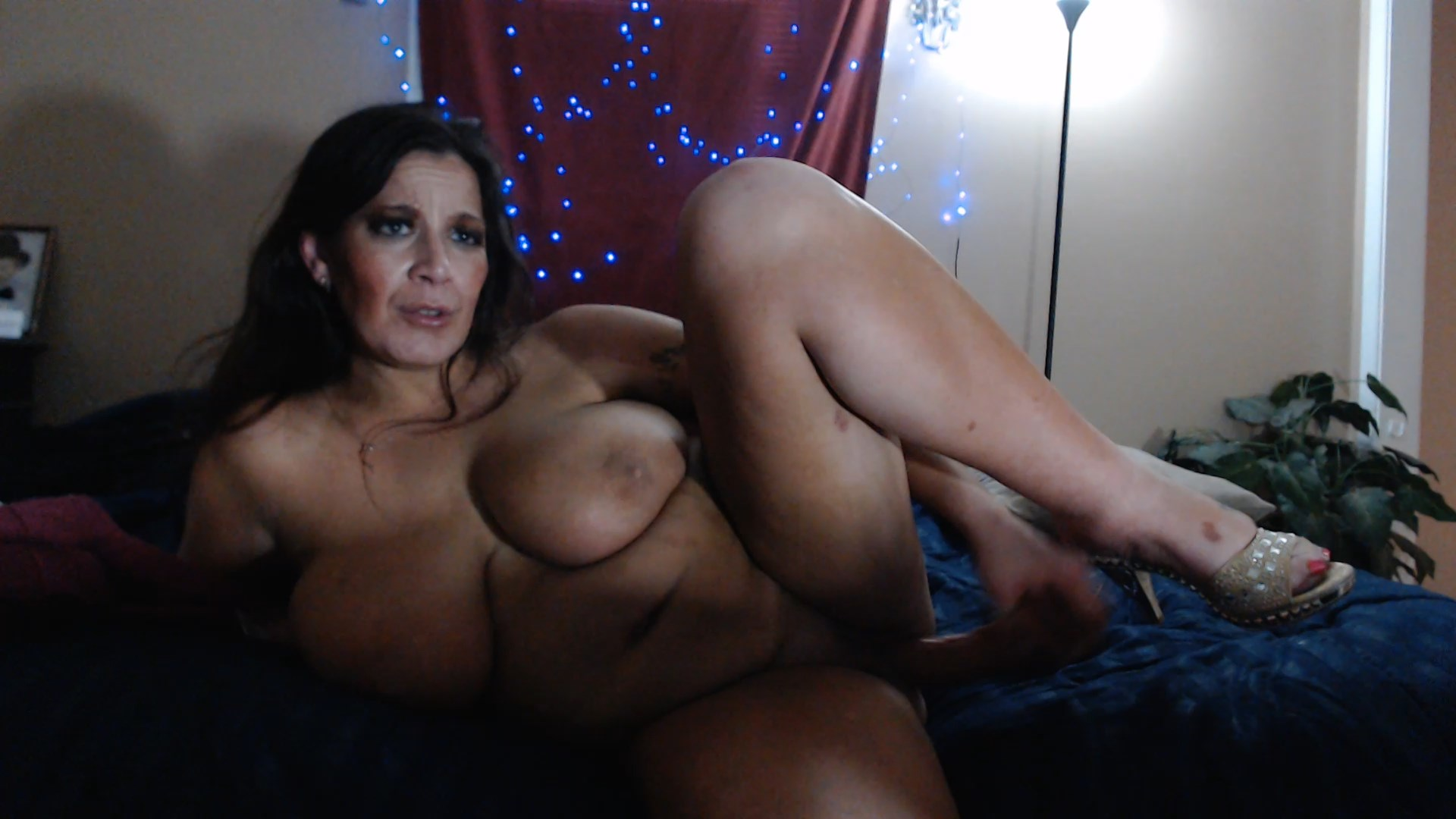Sexy Sicilian xxx - Mommy Wants to Take Care of You Forever