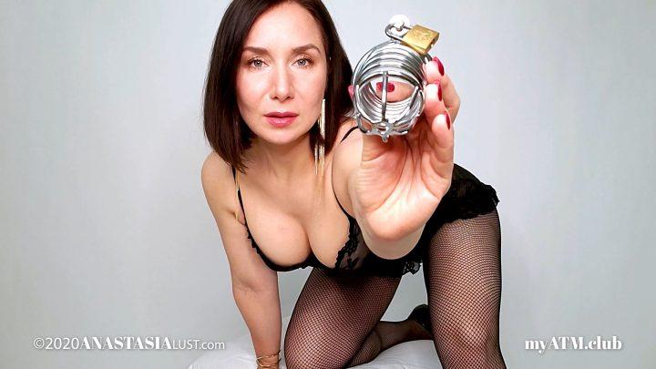 Anastasia Lust – Stroke 4 Mommy