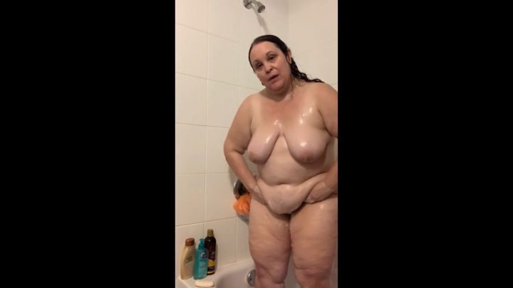 BBWMilfForCamFun - Join Your BBW Mommy In The Shower