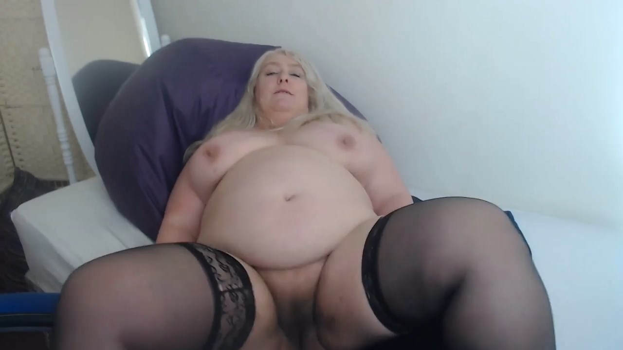 English Milf - Quarantine with Mommy Sex POV