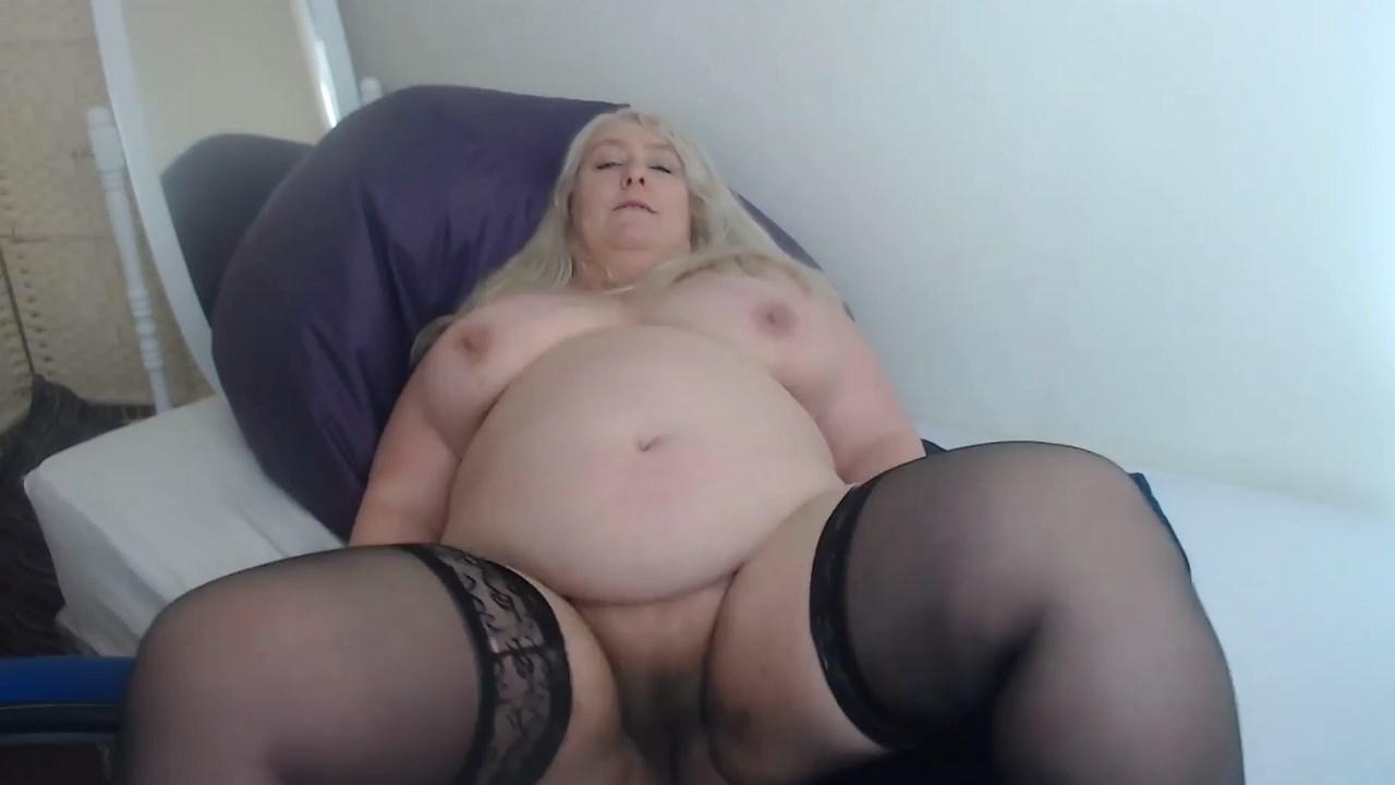 English Milf - Quarantine with Mommy Sex POV