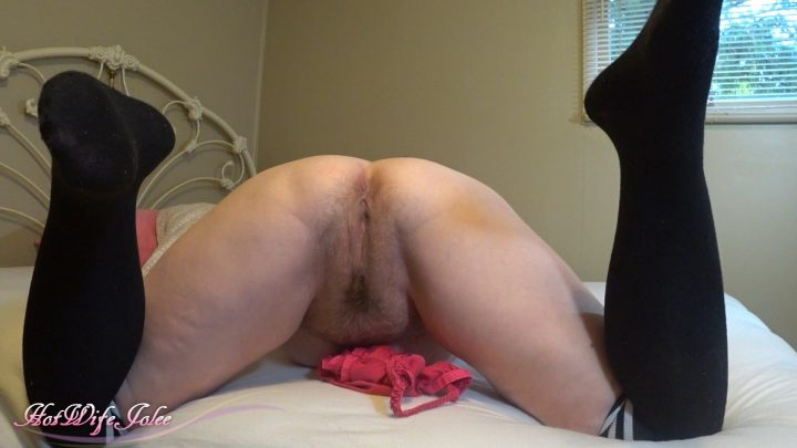 Hot Wife Jolee – Mommy is Playful