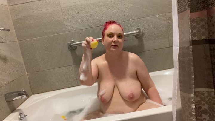Kitty Milford - Bath Time with Stepmom