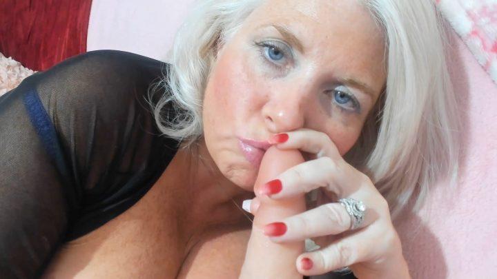 PaintedRose - Happy Birthday: Breastfeed and Blowjob
