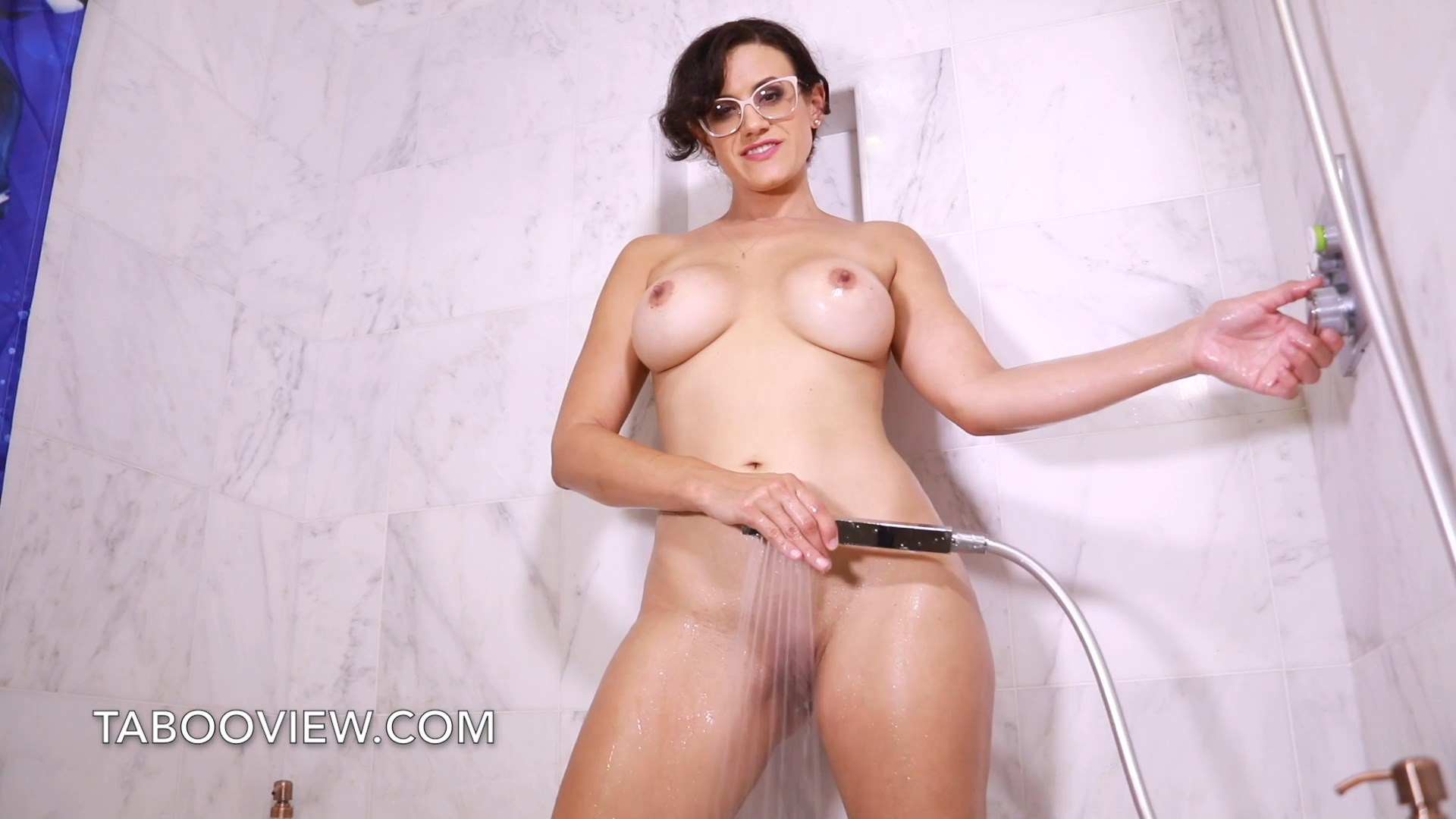 Penny Barber - Bathtub Sex Show with Mom