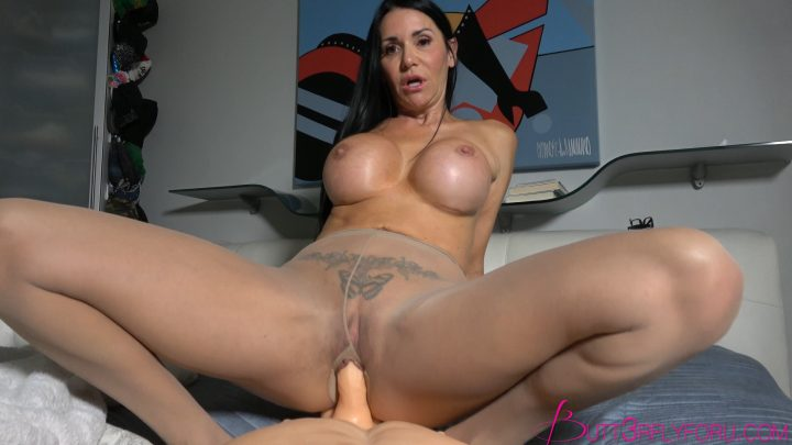 Rae Knight xxx – Fucking Mom In Her New Pantyhose