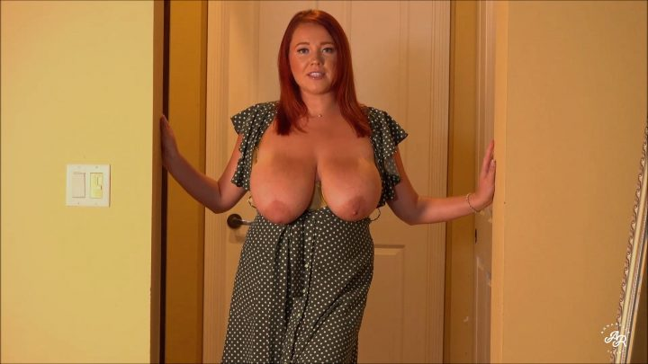 Annabelle Rogers – Horny Mom Demands Attention