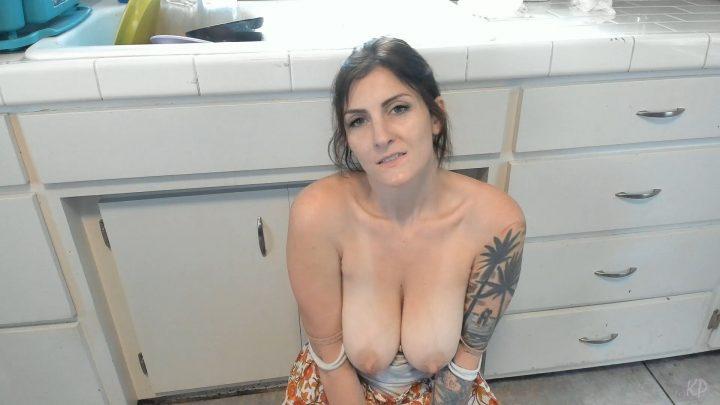 Kelly Payne – Mom Teaches Sons Virgin Friends