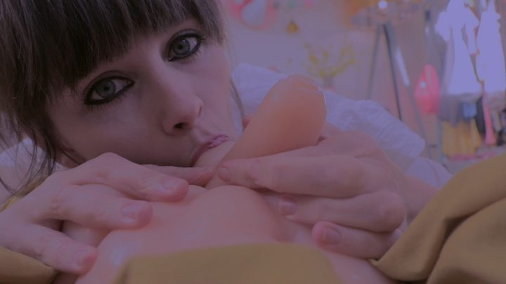 Sydney Harwin – Little Dick For Moms Mouth
