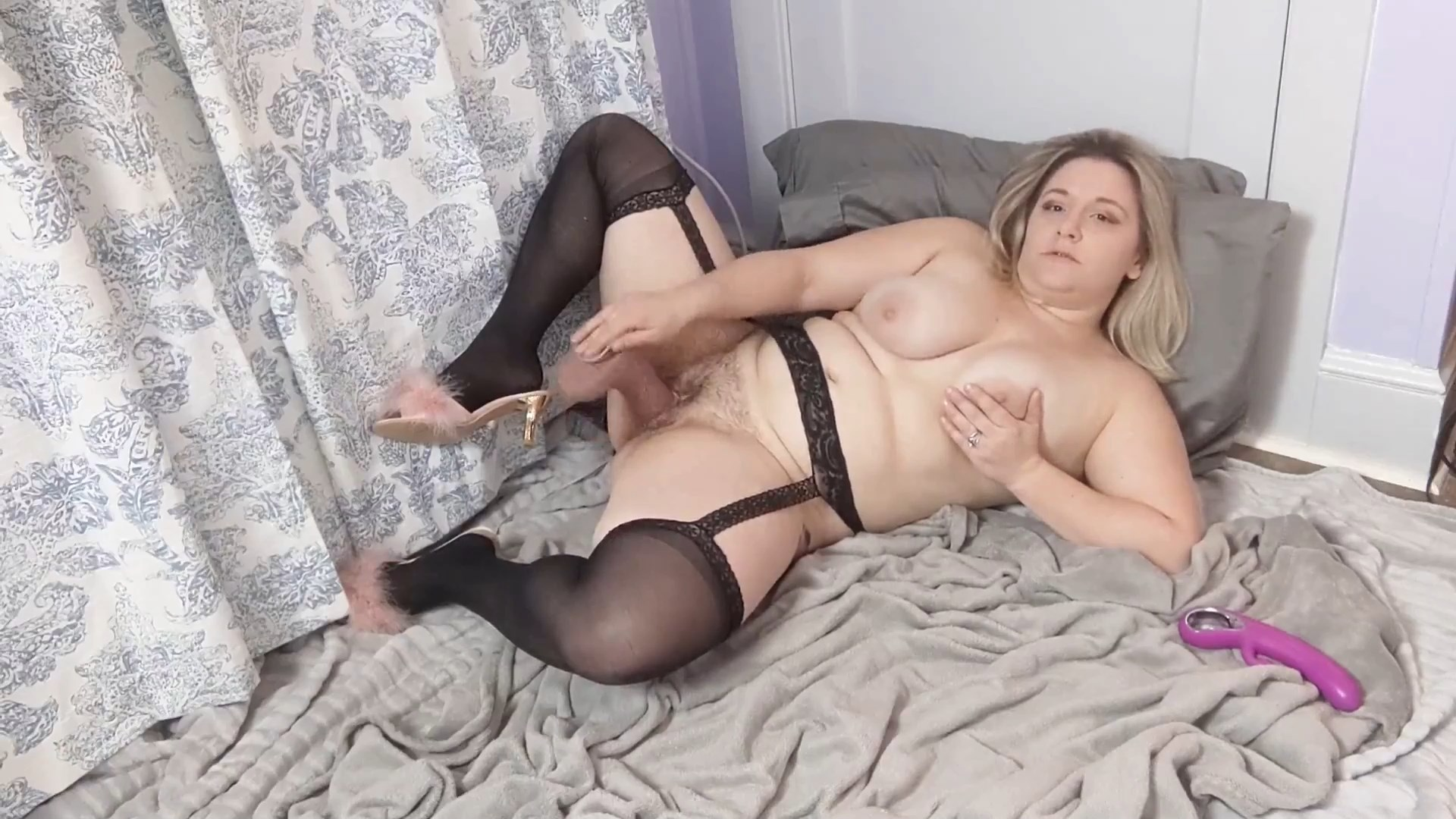 Bimbo Jessi - Bimbo Milf Teaches Her Step son