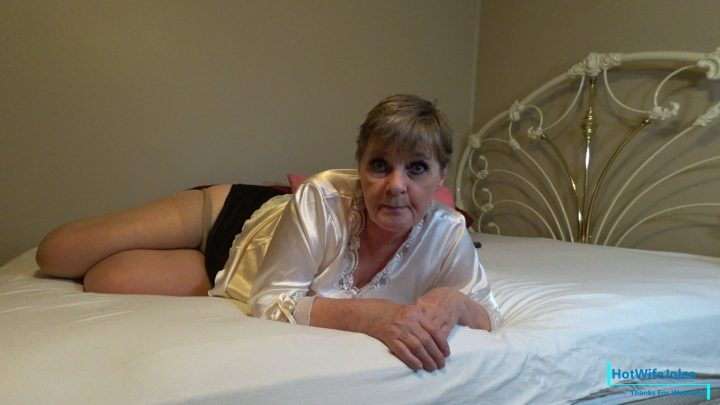 HotWifeJolee - You Love Moms Punishments