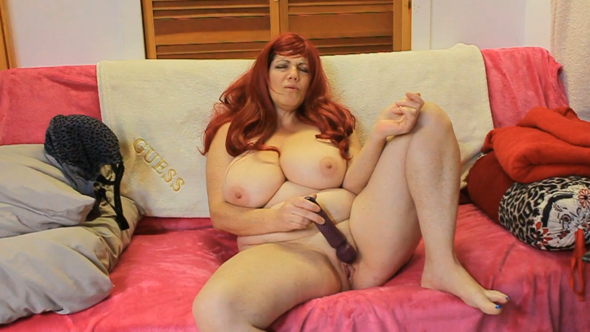Roxee Robinson - Mommy Masturbates for You