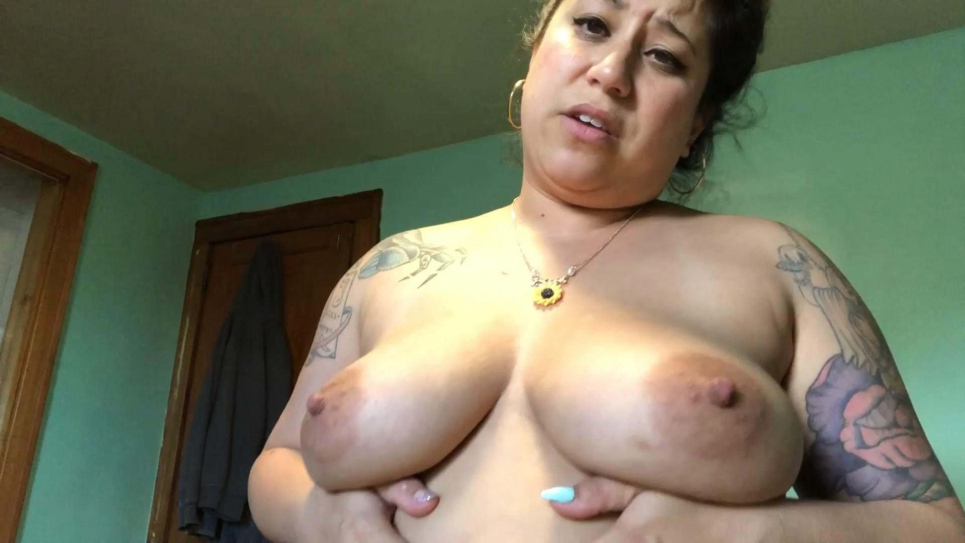 Ellie Boulder - Burping Your Mommy
