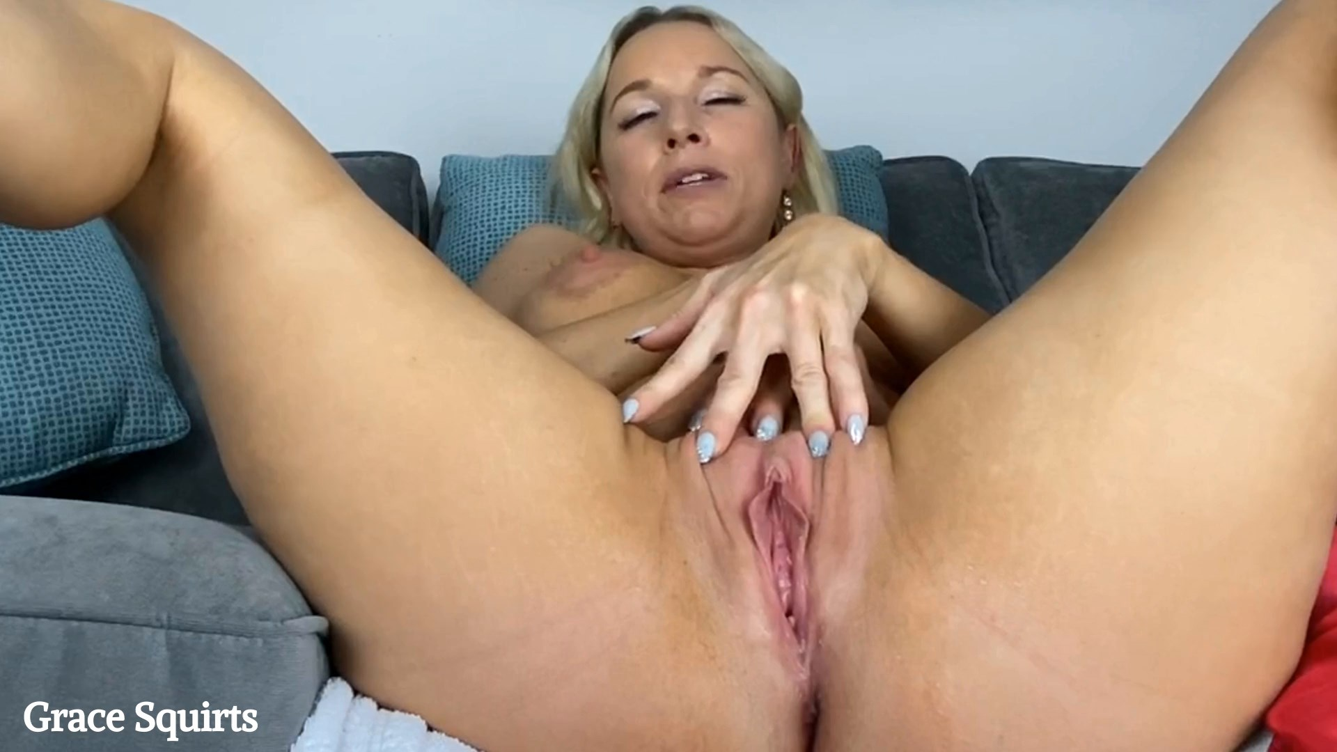 Grace Squirts - Catching Mommy Masturbate