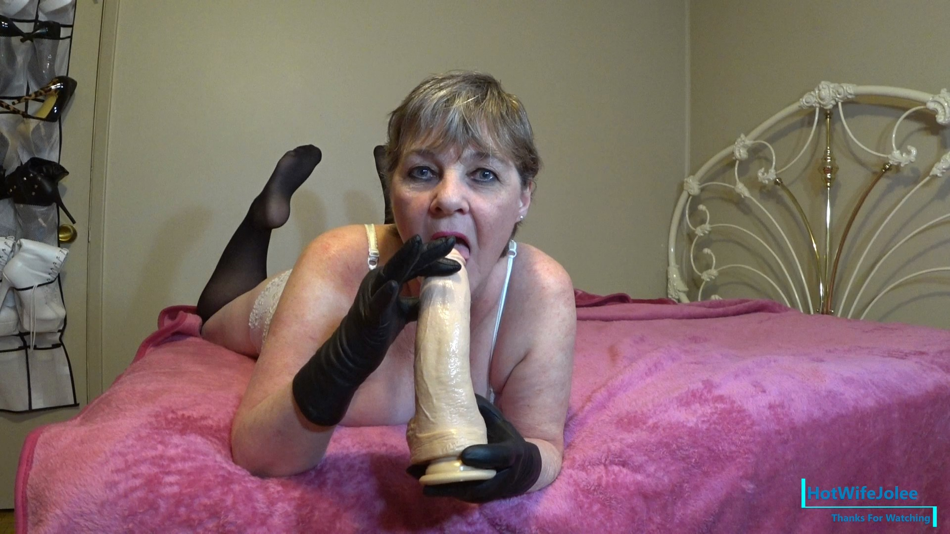 HotWifeJolee - Step-Mom owns your Big Cock