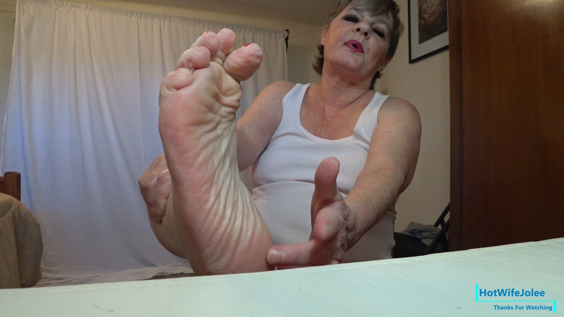 HotWifeJolee - Taboo Step Mommy Takes Charge