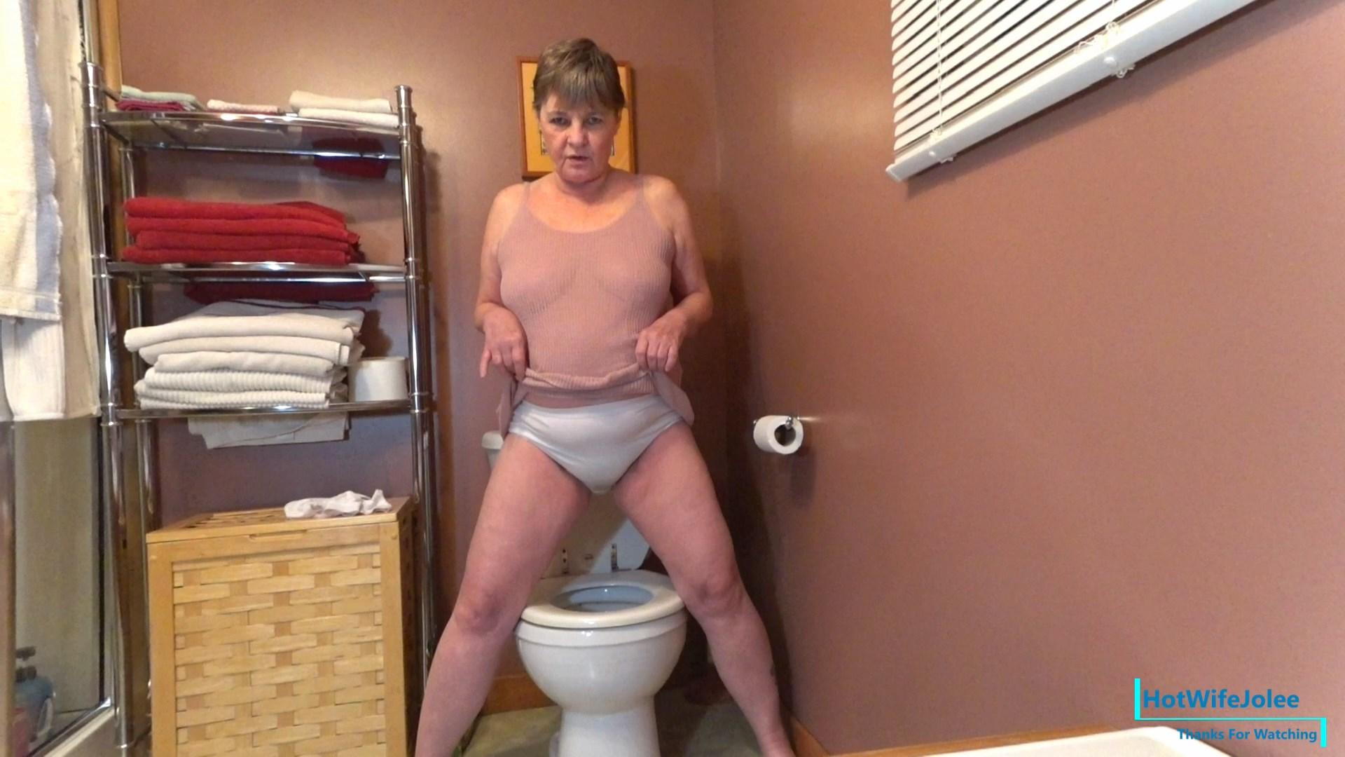 HotWifeJolee - Wet Pissy Panties Farts Toilet Slave