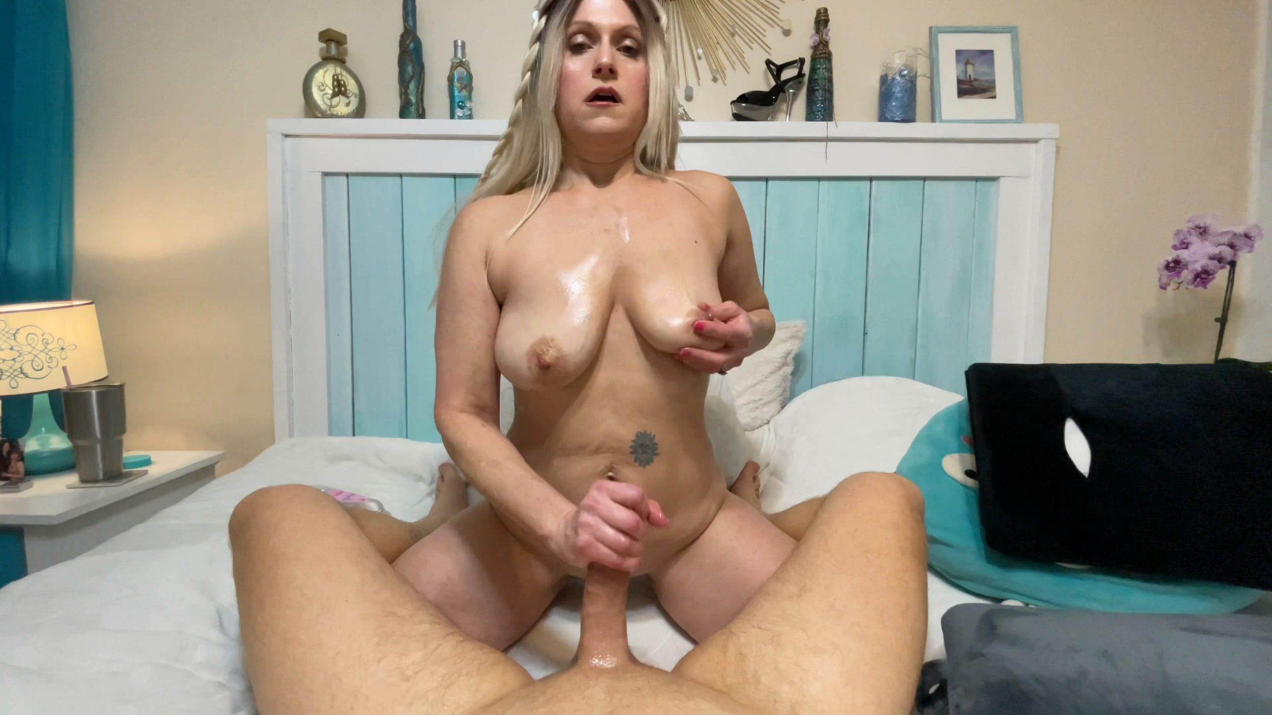 TabithaXXX - Mom Tests Foot Job Skills on Son