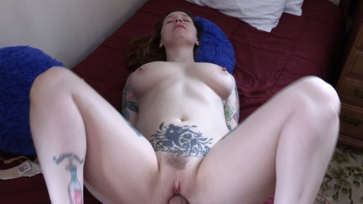 Bettie Bondage – Sex Ed with Mom and Sis 4K