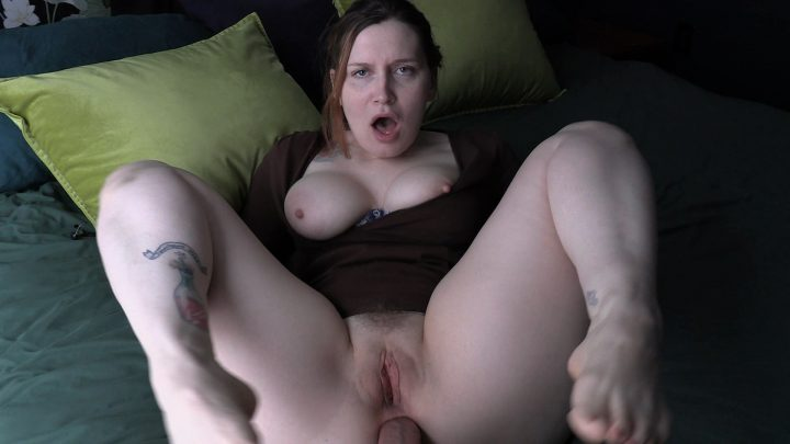 Bettie Bondage – Smell Mommys Dirty Hole