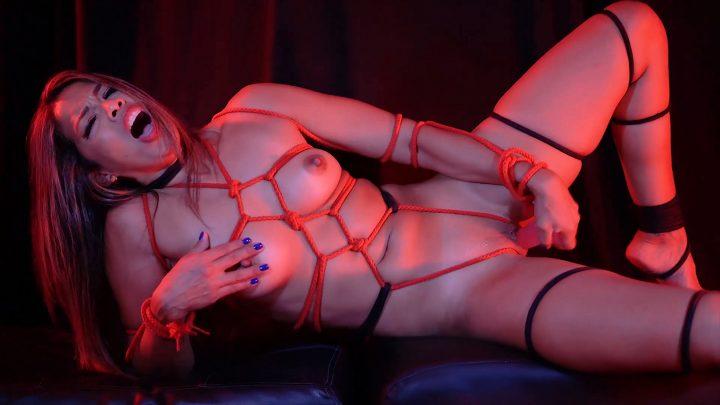 BriannaLorens - Bondage Masturbation