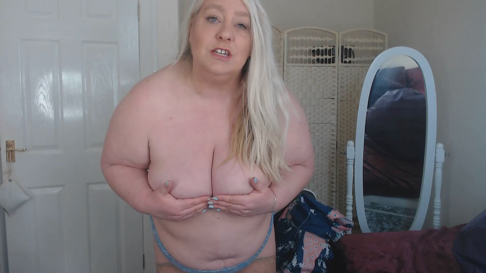 English Milf - Son wants to take photos of Mommy