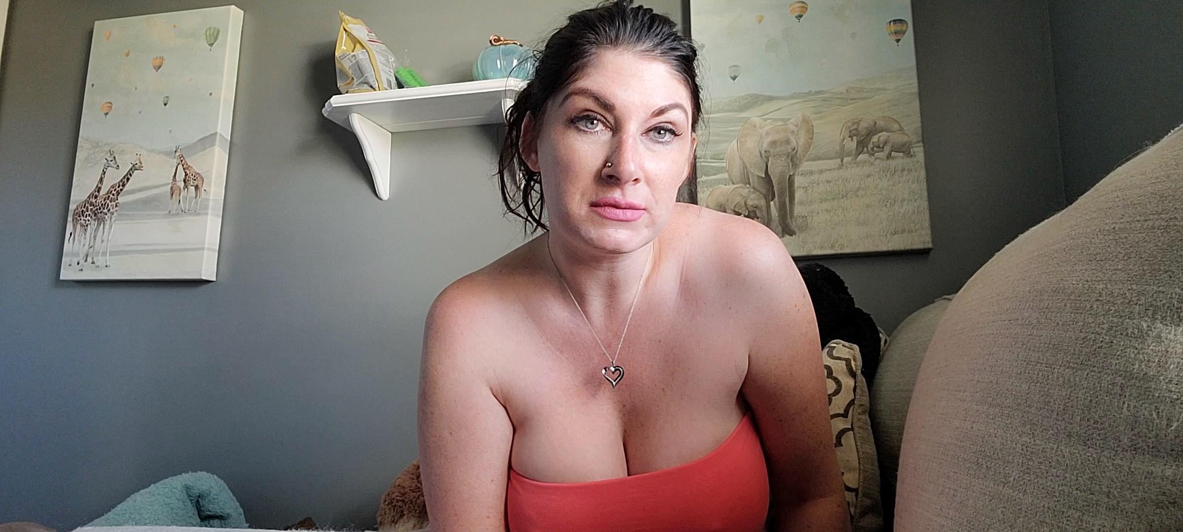 Mizz Erotique - Mommy Loves Your Little Cock