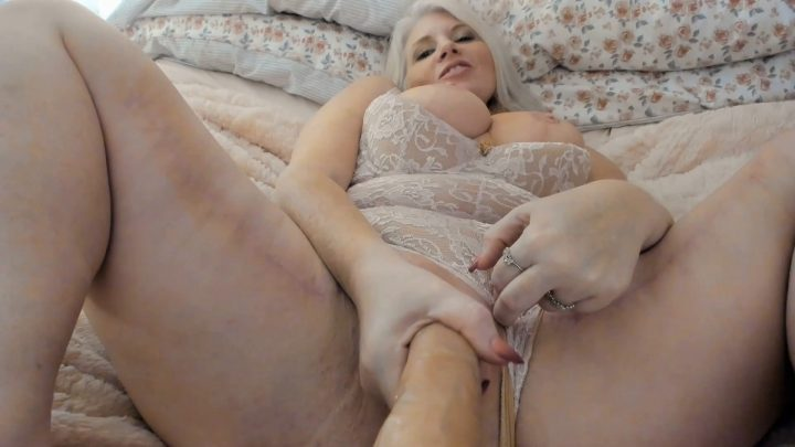 Painted Rose - Dump Your Girlfriend For Moms Creampie