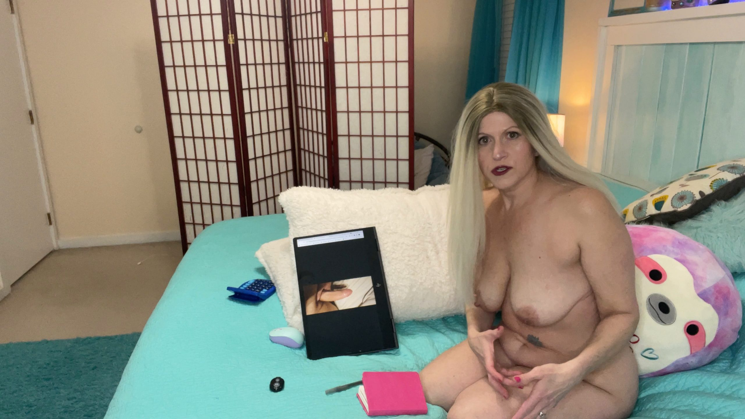 TabithaXXX - Moms Nude Cock Rating / Dan