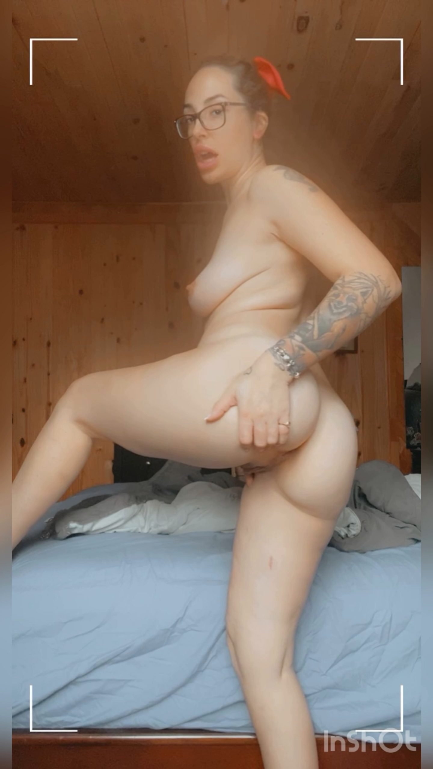 Victoriaa Belle - Mommy's Horny