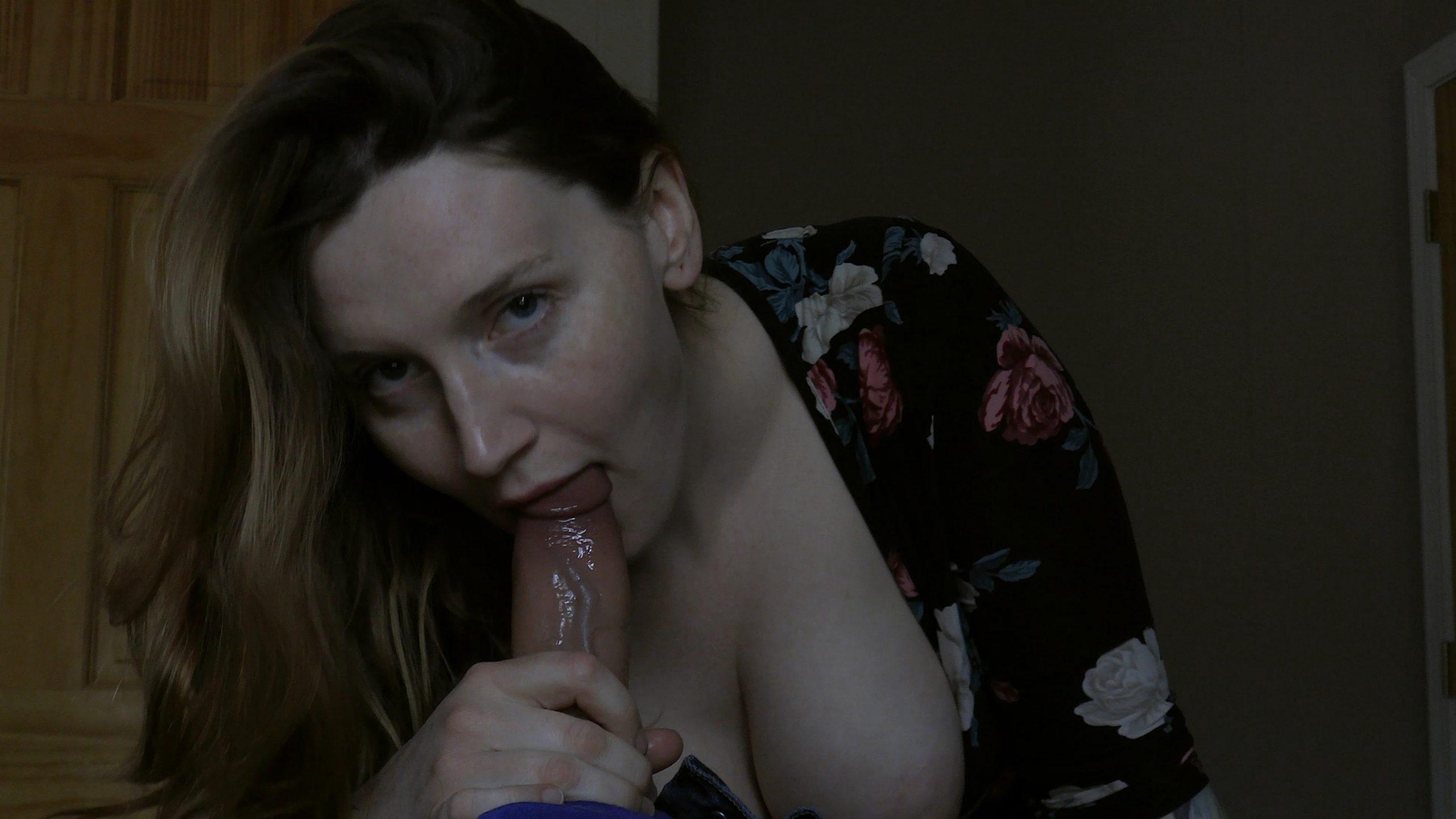 Bettie Bondage - Auntie Needs Attention 4K