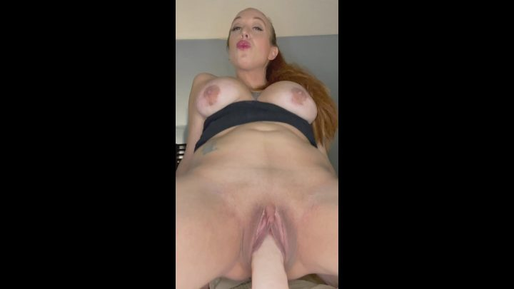 QueenMotherSoles – Suck Cock With Mommy