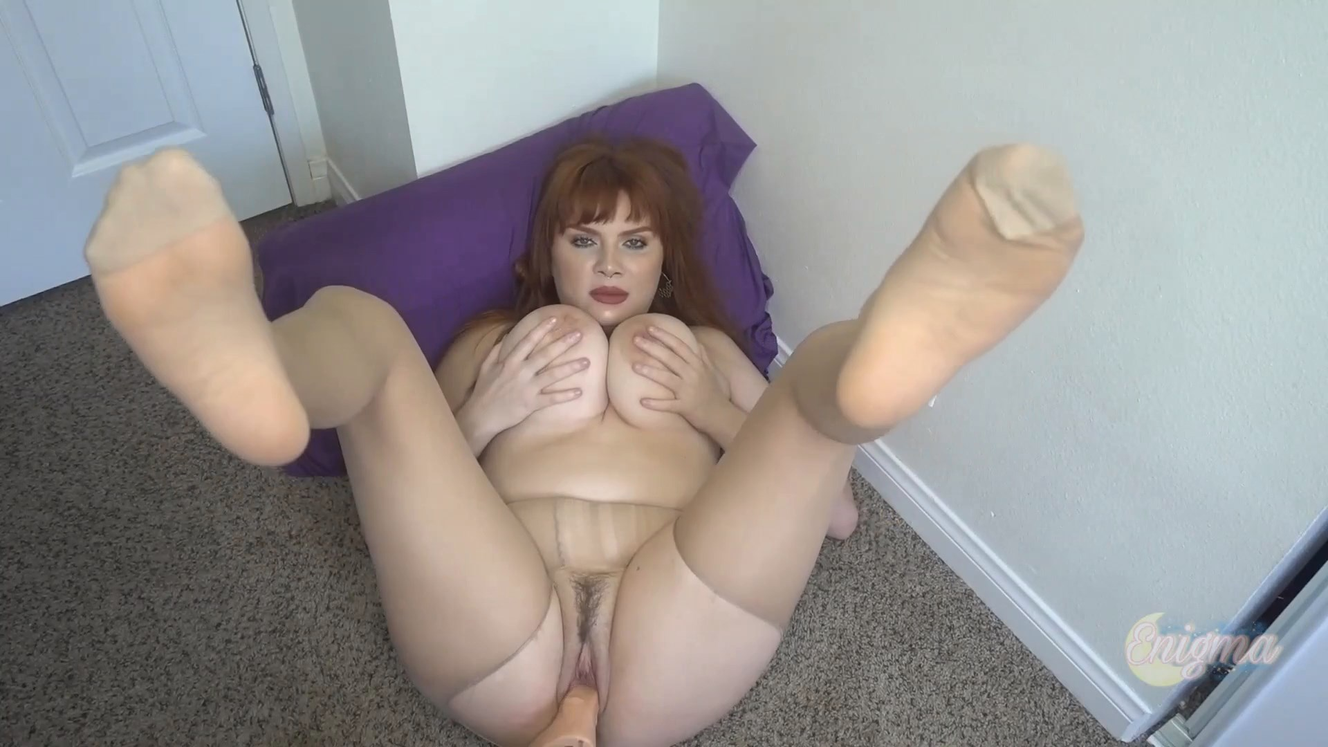 EnigmaMGF - Fucking Mommy in Pantyhose