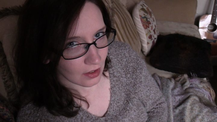 Bettie Bondage – Story Time with Mom