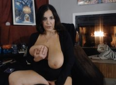 Sexy Sicilian xxx - My Moms Horny Best Friend Rides My Cock