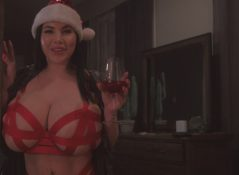 Korina Kova - A Xmas with Mommy: Peeping desires