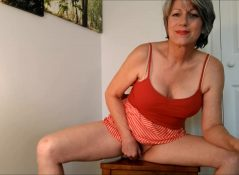 MoRina - You Catch Mom Webcamming