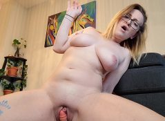 Kinkykatlive - Seduced By Your Girlfriends Mum