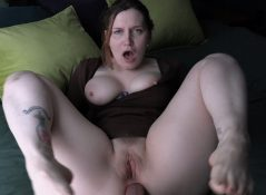 Bettie Bondage - Smell Mommys Dirty Hole