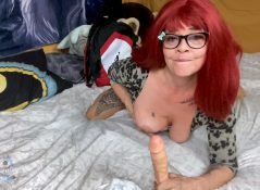 Littleskittzog - Baseball Mom Seducing my Sons Buddy