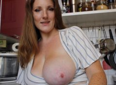 Little Redhead Lisa - Your Friends Hot Mom