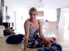 Perv Mom - Stuffing Stepmom Like A Turkey - India Summer
