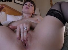 Bettie Bondage - Mommy's Bull Breaks You In